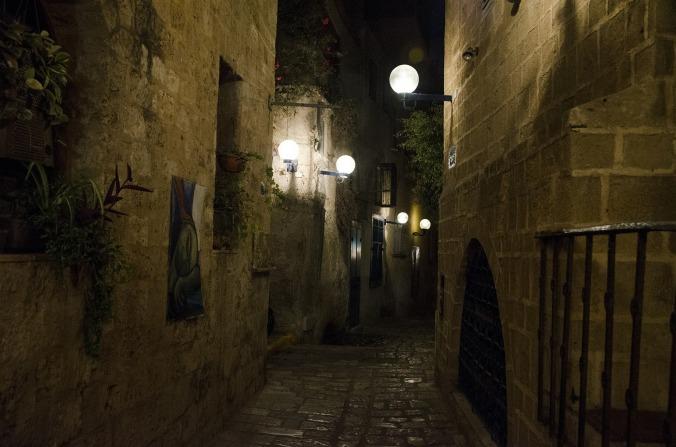 photo of dark alley