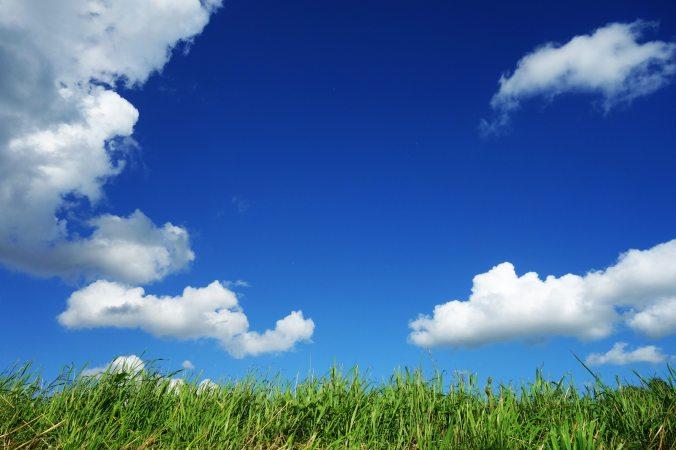 blue-sky-bright-clouds-125457